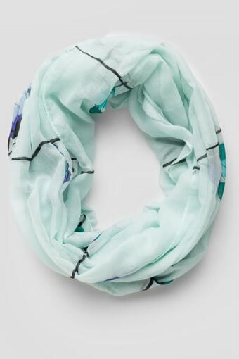 Lovebirds Loop Scarf