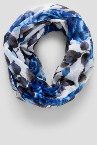 Blue Roses Loop Scarf