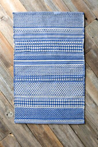 Blue & White Hand Woven Accent Rug