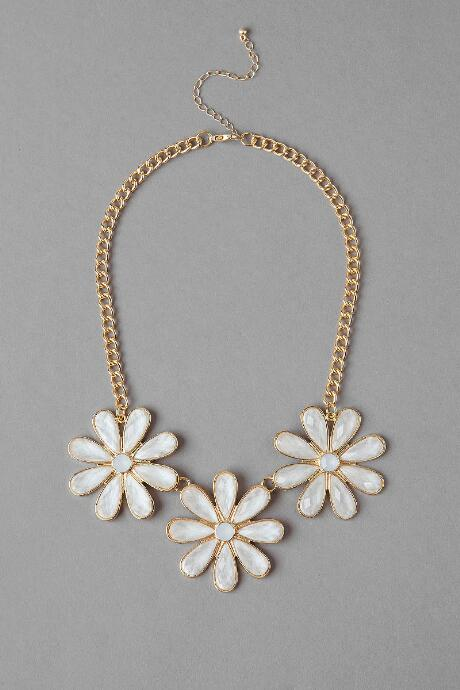 Daisy Lane Statement Necklace